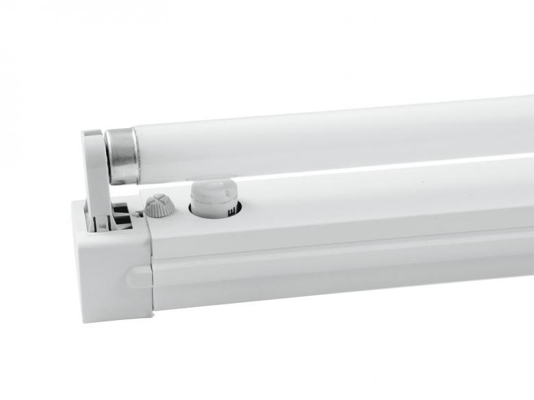 EUROLITE 45cm UV Valaisinrunko mustavalolle tai muulle loisteputkelle, Socket for 15W neon tube! sisältää 45cm uv blacklight lampun. Mitat 500 x 50 x 80 mm  Weight: 0.9 kg.