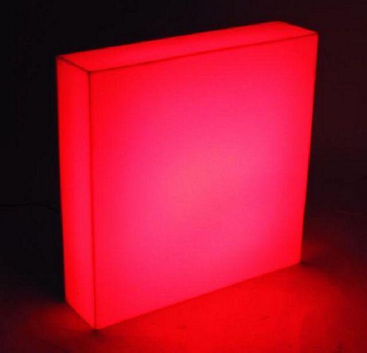 EUROLITE LED Panel 40, Off-beat decorative and lighting possibilities! Monikäyttöinen, monivärinen.