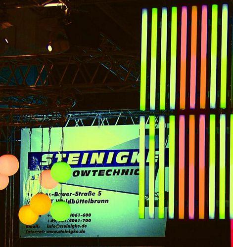 EUROLITE LED LMCT Tube 144 1 m 7 colors, multicolor LED-tube. RGB värit DMX ohjattava, 144 lediä. erittäin kirkas, stobe efekti ohjaimen kautta.