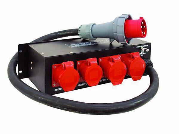 EUROLITE SB-1200 Alakeskus 63A räkkikokoinen voimavirta jakokeskus. Tällä keskuksella saat näppärästi vaikka Bändin tms. äänet ja valot ulos 32A liittimen kautta. 2kpl 16A sekä 2kpl 32A voimavirta ulostuloja laitteen takana. Automaatti pikasulakkeet. max power 43470W. maximi ulos / 1kpl 16A  3- vaihe ulostulo 14490W (483mm 19