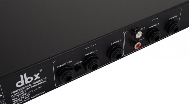 DBX 120A Subharmonic synthesizer bassomuokkauslaite clubeihin. Salainen ase, jolla todellakin saat subbarista kaiken irti. Erillinen bassojen boost piiri. Räkkiasennettava 4.5 cm x 48.3 cm x 15.75 cm sekä paino 2kg.