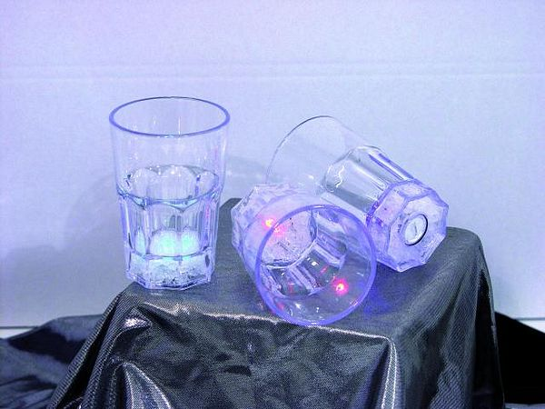 DECO LED Lasisarja( LOPPU) 11,5cm 220ml 3 kpl, multicolor 8 modes 3 kpl setti