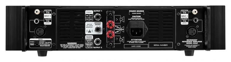 BEHRINGER A500 referenssiluokan studiovahvistin 2x300W 4ohm. A500 on 2x230W (4 ohmia) / 500W (8 ohmia sillattuna) päätevahvistin, joka soveltuu erinomaisesti passiivi-lähikenttämonitoreille tai raskaan sarjan kotiteatterikäyttöön. Äänetön jäähdytys, Fairchildin ja Toshiban transistorit, servo-ohjaus ja tarkka mittarointi tekevät A500:sta teknisesti houkuttelevan ja näyttävän valinnan kriittiseen ympäristöön.