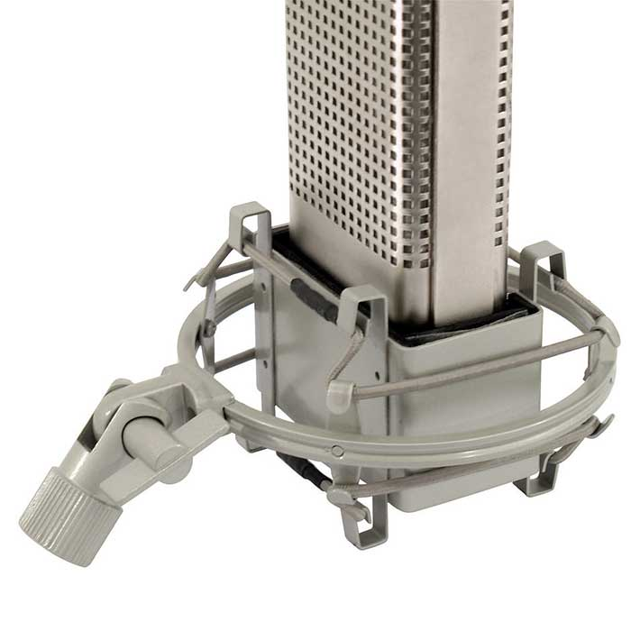 OMNITRONIC VRM-1110 PRO Studiomikrofoni puukotelossa Studio microphone. Double ribbon microphone for excellent sound