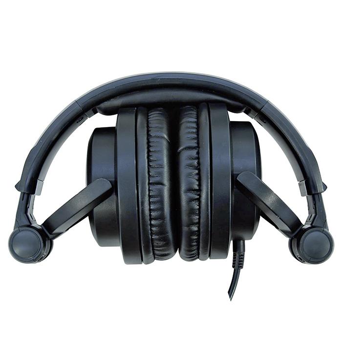 OMNITRONIC SHP-4000 DJ Deluxe kuulokkeet.m Loistavat Luurit DJ käyttöön sekä bassotoistoa vaativan musiikinkutelijan olohuoneeseen. DJ Deluxe Headphone Of The Luxury Class