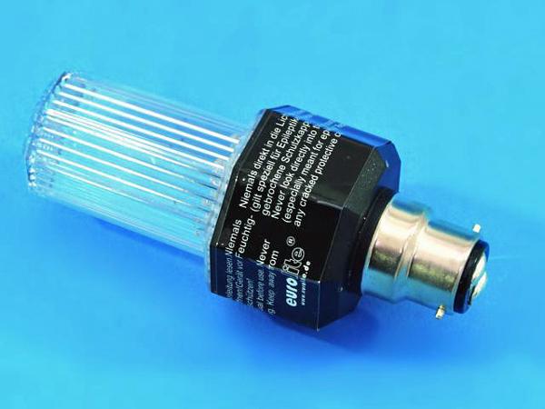 EUROLITE LED Strobe B-22 kannalla, väri kirkas. Strobo lamppu automaatti välkkymisellä. Ei voi säätää. Kestoikä 2000000 välähdystä. Mitat 117 x 51 mm sekä paino 0,1kg.