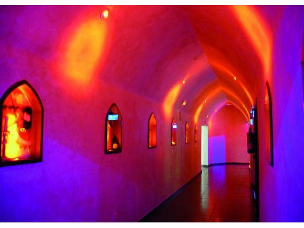 EUROLITE LED DL-6 blue 10° Ceiling light 6 x 3W LEDs