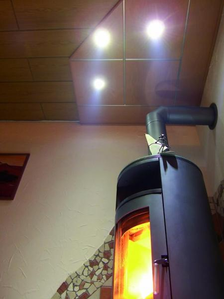 EUROLITE LED DL-6 red 10° Ceiling light 6 x 3W LEDs