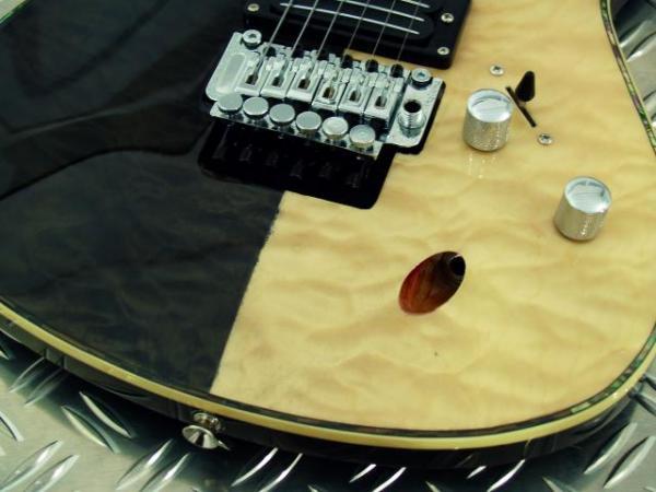 DIMAVERY FR-521 E-Guitar, Two Tone, Quilt Nature/Black