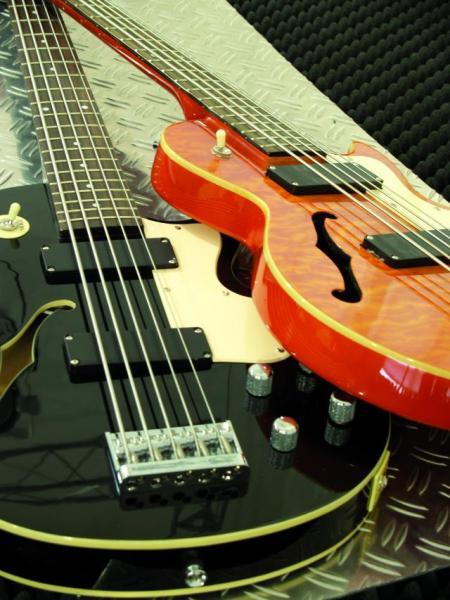 DIMAVERY HBB-500 Hollow Body Bass,Q.Maple