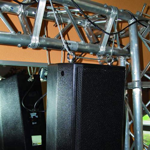 EUROLITE 4mm x 1000mm Turvavaijeri pikalenkillä ja kausseilla max 15kg, kirkas