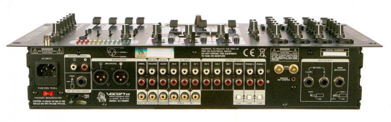 VOCOPRO KJ-7808RV Karaoke Mikseri DSP Kaiulla sekä Videokuvan valitsimella! Professional KJ/DJ/VJ Mixer with DSP Mic Effect, and Digital Key Control, Karaoke-, DJ- ja Video DJ-mixeri, 4 kpl Mic, transponointi, Video-ulostulot! Ammattitason KJ, DJ ja VJ mixeri crossfader kuvanvalitsimella. DSP Reverb kaiku voimakkuuden säädöllä.Kaksi videoulostuloa + yksi lisäulostulo laulajan TV-monitorille.