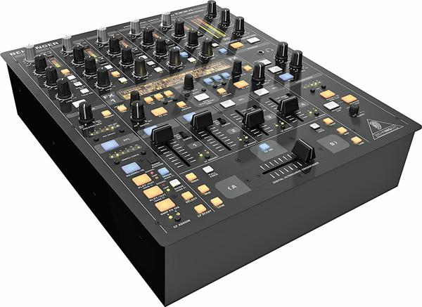 BEHRINGER DIGITAL PRO MIXER DDM4000 on e, discoland.fi