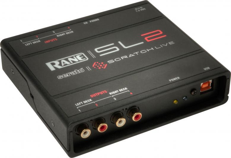 RANE SL2 SERATO SCRATCH LIVE, Järjestelmä, joka mahdollistaa digitaalisten äänitiedostojen soittamisen kuten normaalilta vinyyli- tai CD-levyltä. Serato Scratch Liven mukana tulee kaksi aikakoodivinyyliä ja aikakoodi CD-levyä.