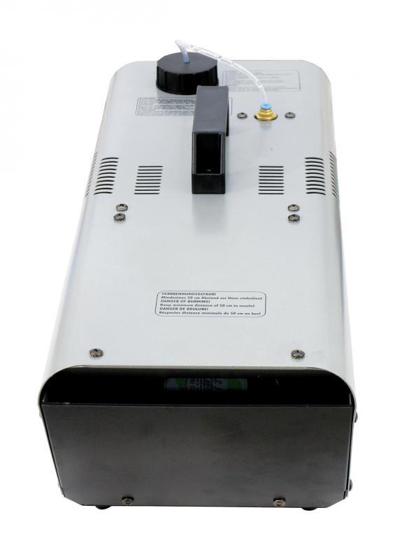 EUROLITE B-Stock Käytetty! NH-30 Hazer 700W with controller, Hazerin tyyppinen savukone jatkuvalla syötöllä, käyttää normaalia savunestettä!poisto.