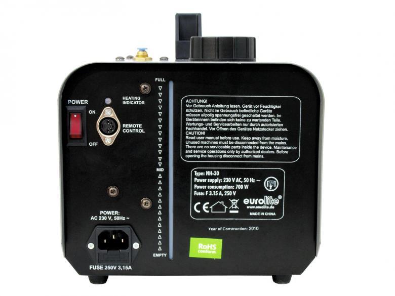 EUROLITE NH-30 Hazer langallisella kauko-ohjaimella 700W Toimii kuin hazer, käyttää normaalia savunestettä. Vaatii savunestettä toimiakseen. Mukana tulee ajastimella varustettu kaukosäädin. Upea bileiden piristäjä, joilla saat valojen säteet ja värit hyvin näkyviin. Savunesteitä saat 1-5 litran säiliöissä. Kulutus aktiivisessa käytössä 1-2 dl tunti. Saatavilla myös hajusteita Smoke fluid fragrance. Ajastin säätimellä, jatkuva savun syöttö, timer kaukoohjain, 700W mahtava savun syöttö, käyttää normaalia savunestettä.