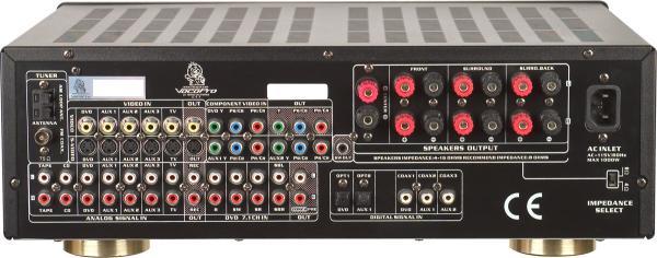 VOCOPRO DTX-9909K 700W MAX vahvistin 7-1. Surround Sound Receiver with Professional Vocal DSP Processing, Karaoke-Mikserivahvistin kotiteatteri . Top-of-the-line ratkaisu niille, jotka ovat tosissaan koti-teatteri tilaäänen teknologian ja laulamisen suhteen. Vocopro 9909K on maailman ensimmäinen, joka yhdistää karaoke teknologian 7,1 digitaalinen surround-vastaanottimen kanssa. Tehokas DSP parantaa laulusi soundin uusiin sfääreihin sekä antaa sinulle molempien maailmojen parhaat puolet yhteen pakettiin.