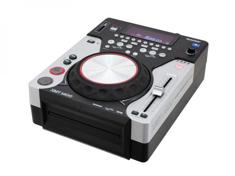 OMNITRONIC XMT-1400 Single DJ soitin monipuolisilla ominaisuuksilla, USB tikkupaikka, CD llä MP-3 toisto, MP3/USB/SCRATCH CD workstatin, DJ CD soitin. Pöydälle asennettava CD soitin multimedia ominaisuuksilla. Soveltuu mm. Jumppaan, DJ käyttöön, taustamusiikkin tms. Mitat 310 x 35 x 120 mm paino 2,2kg.
