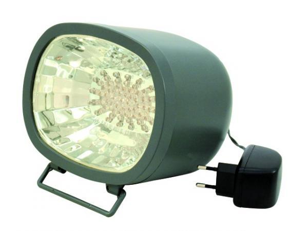 EUROLITE LED strobo valo värillinen RGB. LED Flash Light 230V 7W red, yellow, blue, nopeus säädettävissä, yksinkertaista: kytke vain sähkö, niin käyttökunnossa, pitkäikäiset ledit! Sisäänrakennetut ohjelmat, neljä kanavainen chaser efekti automatiikalla. Vilkkumisnopeus on säädettävissä. Mitat 180 x 150 x 160 mm sekä paino 0,6kg.