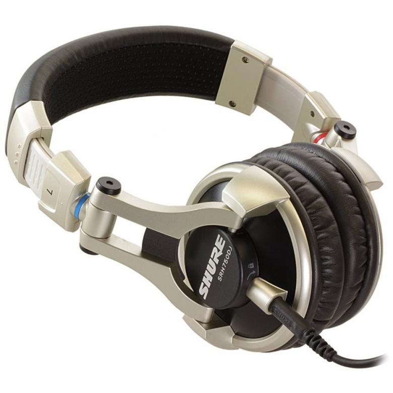 SHURE SRH750DJ, Dynaaminen PRO DJ Kuuloke 3000Mw, Kovalla Äänenpaineella! Huippu kuulokkeet Shuren varmalla laadulla. Soveltuvat kaikenlaiseen kuunteluun laidasta laitaan erinomaisella taajusvasteellaan.Shuren SRH750DJ -kuulokkeet ovat optimoitu DJ-käyttöä varten ja tarjoavat huikean äänen laadun lisäksi erinomaisen käyttömukavuuden ja kestävyyden ahkerassa käytössä. Korkean impedanssin ja maksimaalisen tehonkeston ansiosta kuulokkeet soveltuvat nimenomaan DJ-miksereiden korkean lähtötason kesyttäjäksi. Suuret, korvalehden peittävät pehmusteet ovat miellyttävät käytössä, ja 90 astetta kääntyvä kuulokeosa mahdollistaa helpon asettamisen yhdelle korvalle miksatessa. Pitkää käyttöikää silmälläpitäen toimitukseen kuuluu myös varakaapeli, vaihtopehmusteet ja kuljetuspussi. Sisältää myös kullatun 6,3 mm kierreadapterin.