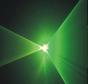 BEAMZ Iris Laser efekti vihreä 7-DMX kanavaa. Vihreä 50mW! Tehokas vihreä DMX ohjattava laser. Luokka 3B, Vihreä laser 50mW, DMX in- out 7- kanavaa, Automaatti- tai ääniohjaus dipeillä, Sisäänrakennettu tuuletin, Sisäänrakennetut ohjelmat valoefekti! Mitat 207 x 145 x 110 mm sekä paino 1.7kg.