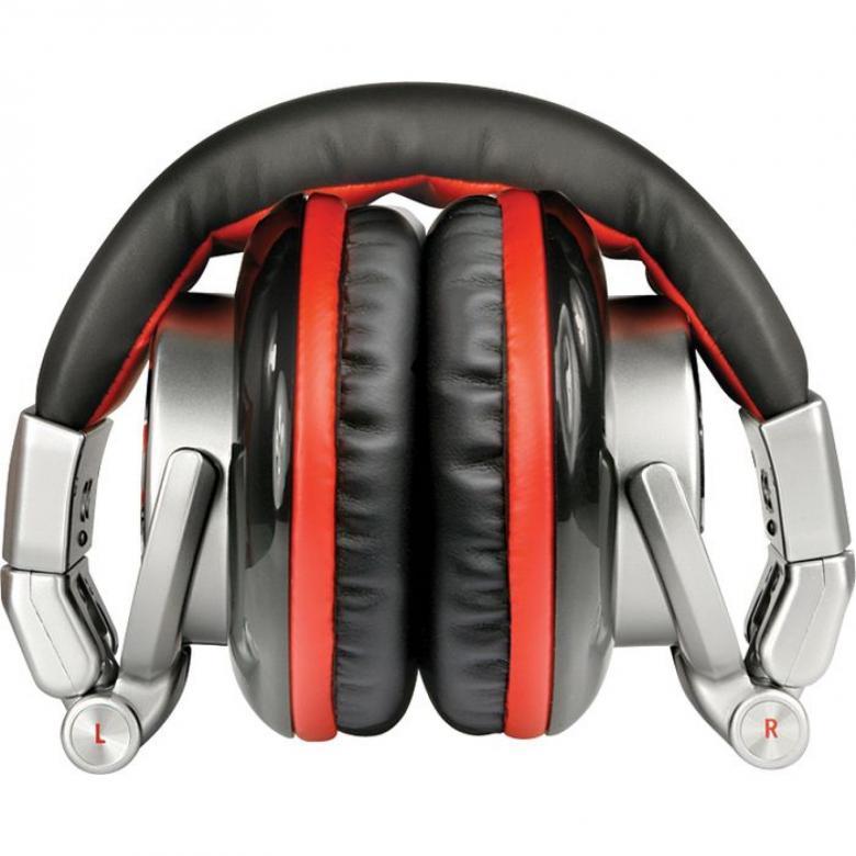 NUMARK RED Wave DJ-kuulokkeet Loistava Soundi Sekä Mahtava Äänenpaine!RED Wave DJ kuulokkeet suunniteltiin koko DJ-kokemusta mielessä pitäen. Esimerkiksi äänen syvä basso, katseenvangitseva ulkonäkö ja mukava muotoilu tekevät RED Wave kuulokkeet selkeäksi valinnaksi ammattimaiseen DJ käyttöön.