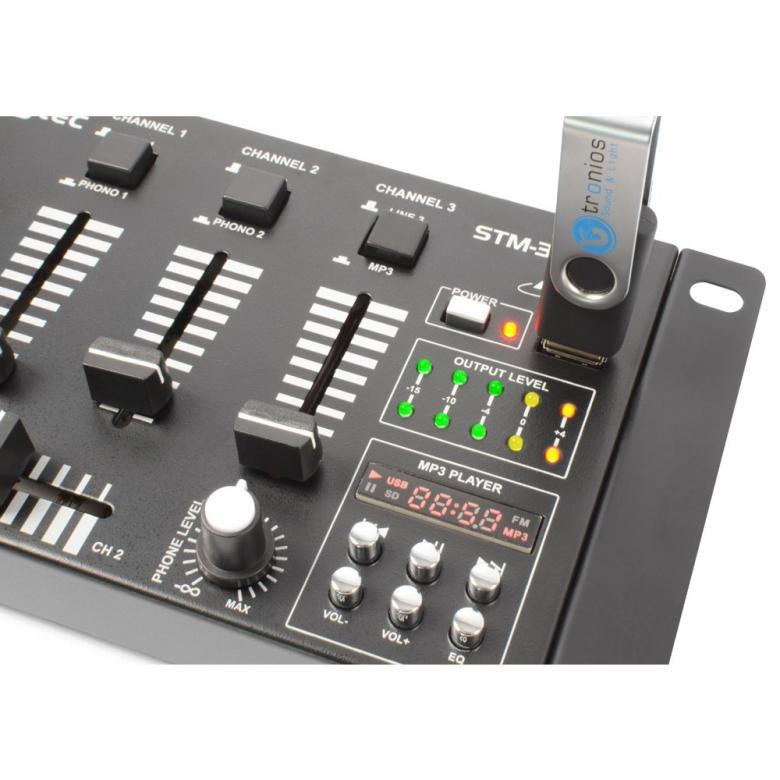 SKYTEC STM-3020 DJ-Mikseri USB on 4-kanavainen vaihtokytkimillä varustettu mikseri soveltuu loistavasti kotikäyttöön sekä satunnaisesti keikkailevalle tiskijukalle tai vaikkapa Pub käyttöön, kun on vain muutama ohjelmalähde!Tällä voit soittaa musiikkai suoraan USB tikulta!
