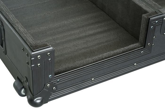"""POWERDYNAMICS Kuljetuslaatikko 2:lle CD-soittimelle+ Mikserille Mikserin leveys 320mm sekä CD soittimelle 320mm. Case on muokattavissa poistamalla sekä lisäämällä pehmusteita. (Pioneer CDJ800,CDJ850,CDJ1000,CDJ900 or CDJ2000, CDJ-2000 Denon DNS3500, 3700) and a upto 12.5"""" Mixer, such as DJM-800, DJM-850, DJM-700 DJM-600, DJM-750 ja DJM-900! DJM-2000nexus, DJM-900nexus. Casen mitat 1127 x 491 x 225mm sekä paino 18,35kg."""