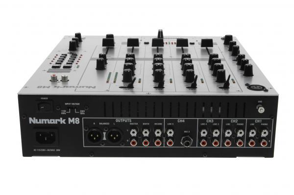 NUMARK M8 DJ Mikseri, Neljä kanavaa Sekä BPM nopeuden näyttö. Four-Channel DJ Mixer! Kun alat miksaamaan, etkä tarvitse mitään turhia kilkkeitä mikseriisi ja kanavia pitää olla liukujen takana 4 kpl on valintasi tämä! M8 on kuitenkin upotettu BPM toiminne! Balansoidut XLR ulostulot, Beat sykatut efektit kuten Delay, Filter, Flanger, Pan & more.