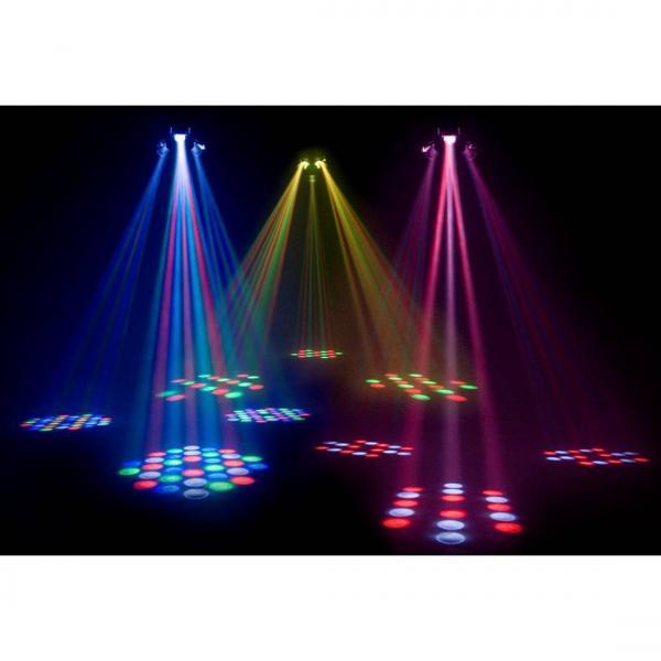 AMERICANDJ Loppu!!TripleFlex, tehokas LED Center valoefekti! Tämän upean valoefektin voit laittaa kattoon keskelle pää efektiksi. Todellla laajaalainen efekti. Korkeus + 2,5 metriä katolla, jotta voidaan asentaa.