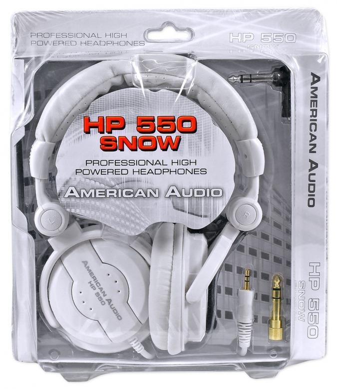 ADJ HP550 Snow DJ-kuulokkeet valkoinen Potkaisee tyylillä! DJ äänen toistavat HP550  kuulokkeet ovat suunnitellut äänentoiston herruuteen, HP550n avulla voit tutustua koko äänen kirjoon, matala jyrinä, johdonmukainen keskialue aina rapeasti toistuva huippuihin. Erittäin paksut tyynyt koteloivat korvia, kun taas leveä säädettävä sanka takaa huippu istuvuuden.
