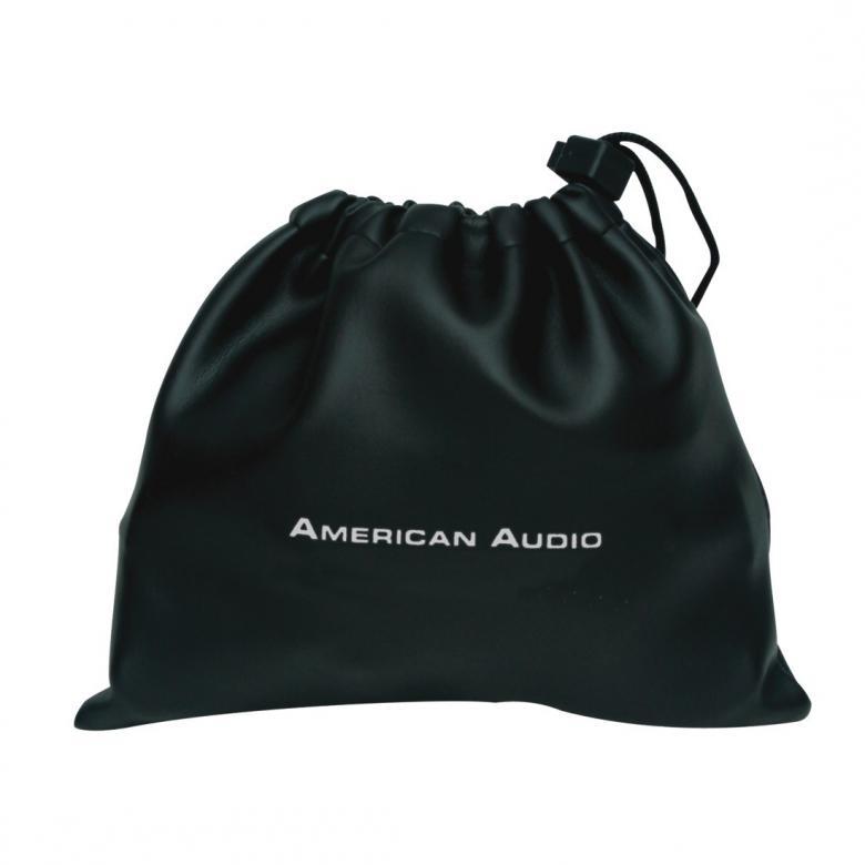ADJ HP550 DJ-kuulokkeet musta Mukavasti muotoillut DJ tyyppiset kuulokkeet tupla liittimillä edullinen ja hyväsoundinen luuri. Potkaisee tyylillä! DJ äänen toistavat HP550  kuulokkeet ovat suunnitellut äänentoiston herruuteen, HP550n avulla voit tutustua koko äänen kirjoon, matala jyrinä, johdonmukainen keskialue aina rapeasti toistuva huippuihin. Erittäin paksut tyynyt koteloivat korvia, kun taas leveä säädettävä sanka takaa huippu istuvuuden.