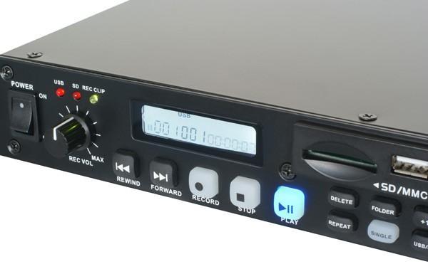 POWERDYNAMICS PDC-45 1U Dual Player REC USB/SD, ammattitason SD + USB soitin + äänityslaite!Vain reilu 5 cm korkeutta mahdollistaa useiden yksiköiden asentamisen pieneen tilaan! Voit käyttää tuotteen ominaisuuksia hyväksesi myös kaukosäätimen kautta. - Erittäin hyvä esim. äänitarkkailijoille, kuntosaleihin, esiintyville taiteilijoille. Toimii hyvin kaikessa toistossa. Laadukas rakenne. Kaukosäädin ohjelmoinnilla. Usb sisään + SD. Mitat 482 x 44 x 270mm sekä paino 2,5kg.