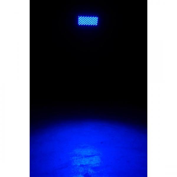 AMERICANDJ Profile Panel RGB. Ammattitason LED FLOOD 288 LEDILLÄ! Voidaan ohjata DMX, tai suoraan valikoista automaattisesti, musiikin mukaan, hitaasti vaihtuen. Soveltuu esim. seinien valaisuun!