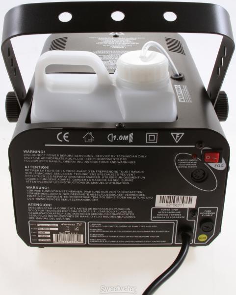 AMERICANDJ Fogstorm 1200HD, tehokas savukone ohjaimella, Mahdollisuus DMX ohjaimelle ja Ajastimelle!!Huipputehokas 1200W lämmittimellä varustettu savukone. DMX ohjaimen löydät yhteensopivista tuotteista. Voidaan käyttää Beamz, Eurolite sekä JEM nesteitä. Mitat 300x220x160mm sekä paino 5,4kg. Laitteessa irrotettava 2,5l nestesäiliö.