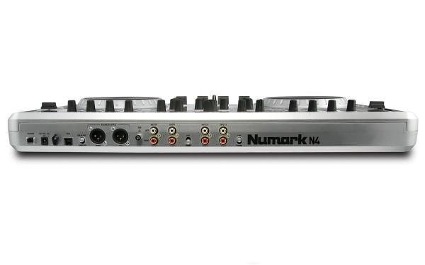 NUMARK N4 on DJ-kontrolleri sisäänrakennetulla 4-kanavaisella mikserillä! Tässä laitteessa sisäänrakennettu mikseri, eli toimii myös ulkoisilla äänilähteillä, kuten CD soittimilla ja Levysoittimilla. Laadukas interface, esikuuntelu, 2x mic sisään jne. Laite toimii mikserinä myös ilman tietokonetta. Balansoidut XLR ulostulot takaavat häiriöttömän äänen.