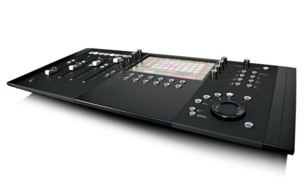 AVID Artist Control V2, kontrolleri uusi versio.