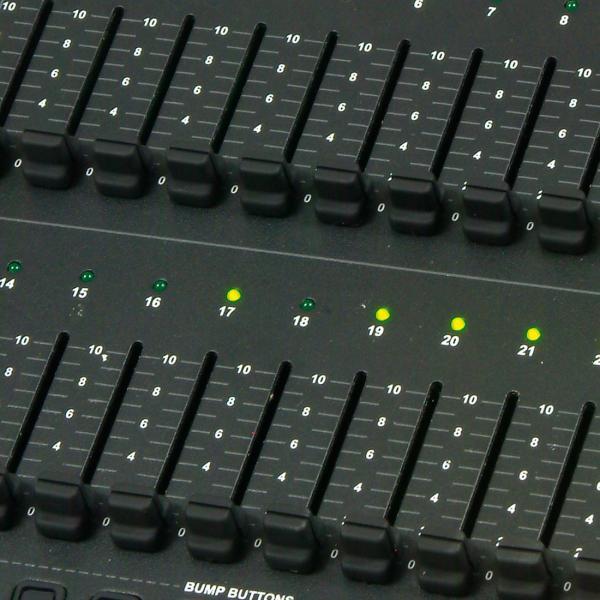 ELATION Stage Setter 24 DMX ohjain 24- kanavaa