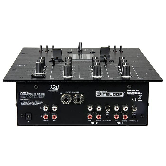 RELOOP RMX-20 Blackfire edition DJ mikseri, Premium luokan huippu DJ tuote. 2x levysoitin, 2x cd sekä 1kpl mikrofoni liitäntä. Laadukaat liukusäätimet sekä kiertosäätimet. Ulostulo plugilla ja RCA liittimillä. Mitat 254 x 315 x 87 mm sekä paino 2,7kg.