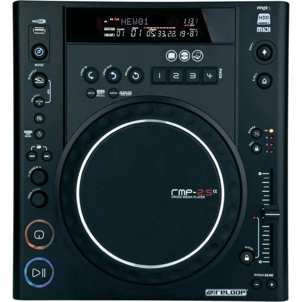 RELOOP RMP-2,5 Alpha DJ CD soitin MIDI toiminteella, eli voidaan käyttää kontrolli softilla. Tämä on Reloop CD kontrolli tuoteperheen edullisin, mutta kuitenkin täysiverinen sotin moneen käyttöön. Voit toistaa musiikkia tikulta ja kovalevyltä. Premium luokan huippu DJ tuote. Mitat 322 x 112,6 x 340 mm sekä paino 3,6kg.