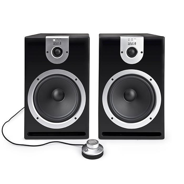 RELOOP Reloop WAVE 8 2x 140W huippuluokan aktiivimonitorikaiutin 2kpl (pari)!Tämä upea monitorikaiutin sisältää vahvistimet sekä erillisen volume kontrollerin. Tuote soveltuu tiskijukille, tuottajille, kotistudioon, television ääneen tms. kun vain haluat paljon ääntä ja hyvää soundia. Tässä on todellakin UPEA aktiivi studio monitori kaiutin. Sarjassa 5