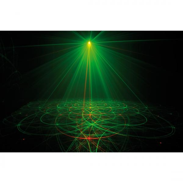 AMERICANDJ Loppu!!Micro Galaxian Punainen & vihreä laser 30+ 80mW kauko-ohjattava (ohjain mukana)! ! Todella upea laser valoefekti punaisella ja vihreällä laserilla.  Tässä upeassa punaisen ja vihreän yhdistelmä laserissa on kaukoohjain jonka avulla voit muuttaa pyörimissuuntaa, valita yhden tai kaksi väriä, käyttää musiikin mukaan tai automaatilla. Saat myös laitteen päälle ja pois vain kaukosäädintä klikkaamalla.