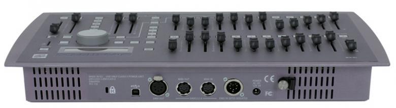 ETC  ETC Smartfade 1248 12/48 valoohjain, Kompakti ohjelmoitava 48 –kanavainen valonohjauspöytä. 48 DMX-ohjauskanavaa, 288 muistipaikkaa, 24 muistiliukua ja 199 teatteriajotilannetta. Toimii myös DMX backup pöytänä. USB kytkentä tietokoneeseen, ohjelmointi myös tietokoneella.