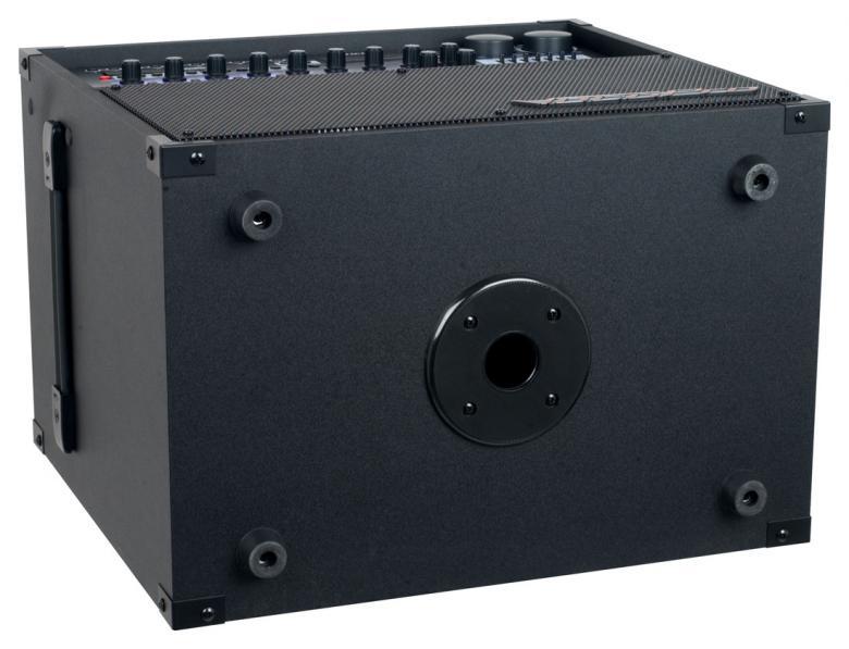 VOCOPRO HERO BASIC-REC Karaokekeskus äänityksellä. on monipuolinen karaoke- ja viihdekeskus äänityksellä! Sis. 2kpl mikrofoneja. Voit kytkeä laitteeseen 4kpl mikrofoneja, sisäänrakennettu kaiutin sekä vahvistin, SD sekä USB toisto. Voit liittää laitteeseen 4 kpl mikrofoneja, 2kpl tulee mukana. Kokonaisuudessa on mukana radio ja sillä erittäin helppo äänittää laadukkaita demoja sekä omia esityksiä. Katsot sillä elokuvia, laulat karaokea, kuuntelet radiota. Soveltuupa laite jopa sähkökitaran ja kosketinsoittimenkin vahvistimeksi. Paino 18 kg.