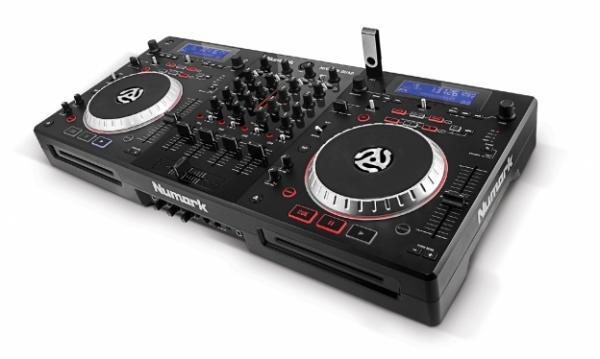 NUMARK Mixdeck QUAD Musta, Monipuolinen DJ työasema, CD soittimet, jotka toimivat USB Kontrollerina sekä iPad , Universal DJ System!