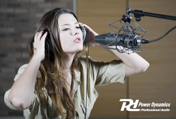 POWERDYNAMICS PDS-M01 Studio Kondensaattori mikrofoni Professional FET Condenser Microphone. laadukas studio mikrofoni koti äänityksiin. Laajennettu dynamiikka alue. Matala kohina sekä korkea SPL kesto.48V phantom power.