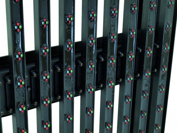 EUROLITE LED Pixel Mesh 64x64 outdoor LED-paneeli, jolla voit näyttää videoita ja muodostaa upeita näyttö ja valaistus kokonaisuuksia. Voidaan kytkeä useita yhteen! IP65