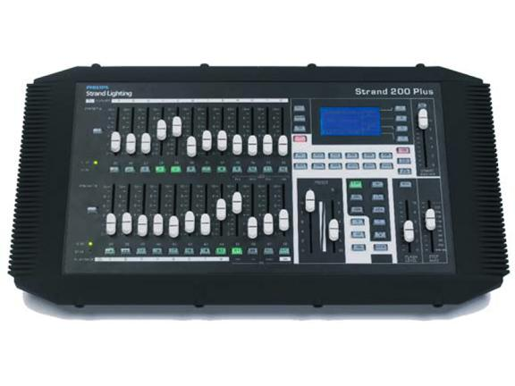 STRAND 200+ Series 12/24 DMX ohjain Advanced Manual Console with 240V power supply