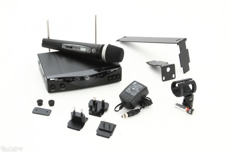AKG WMS470 VOCAL set D5 langaton  mikrofonijärjestelmä, HT 470 D5 käsilähetin (mikrofoni) dynaamisella kapselilla, SR 470 vastaanotin, 12 kanavaa. Uusilla taajuuksilla, käytettävissä 2013 jälkeen! Erittäin laadukas korkean ulostulosignaalin omaava 50mv. Joten kuuluvuus on taattu 100m alueelle. Sisältää 1 x HT 470 käsilähetin D5 kapselilla, 1 x SR 470 vastaanotin, Telineadapteri, 1 AA paristo, antennit, Räkkikiinnityssarja, Virtalähde.Helppokäyttöinen. Automaattinen viritys/taajuushaku, infralinkki siirtää lähetystaajuuden lähettimeen, harjoittelutoiminto, toiminta-ajat lähettimillä ladattavalla 2100 mAh -akulla n. 8 h ja yhdellä AA-alkaliparistolla n. 6 h, Jopa 16 samanaikaisesti toimivaa taajuutta.