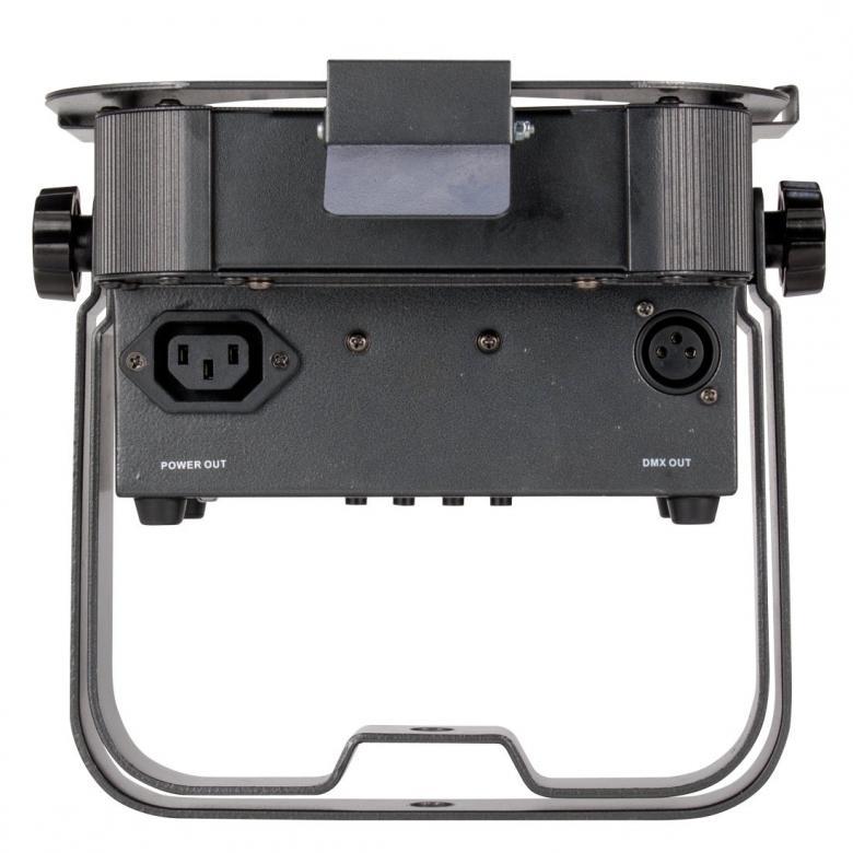 ADJ FLAT PAR TRI7X erittäin tehokas 7x3W LED FLAT PAR heitin RGB lampuilla. Värit punainen, vihreä ja sininen.  Tällä LED par heittimellä saat tehokkaat valonsäteet kohteeseesi. Tämän heittimet teho riittää korvaamaan 200W perinteisen lampun. DMX ohjattava 1-7 kanavaa. Mitat 272 x 230 x 105mm sekä paino 2,8kg.